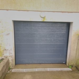 Porte-de-garage-Sectionnel-motorisé