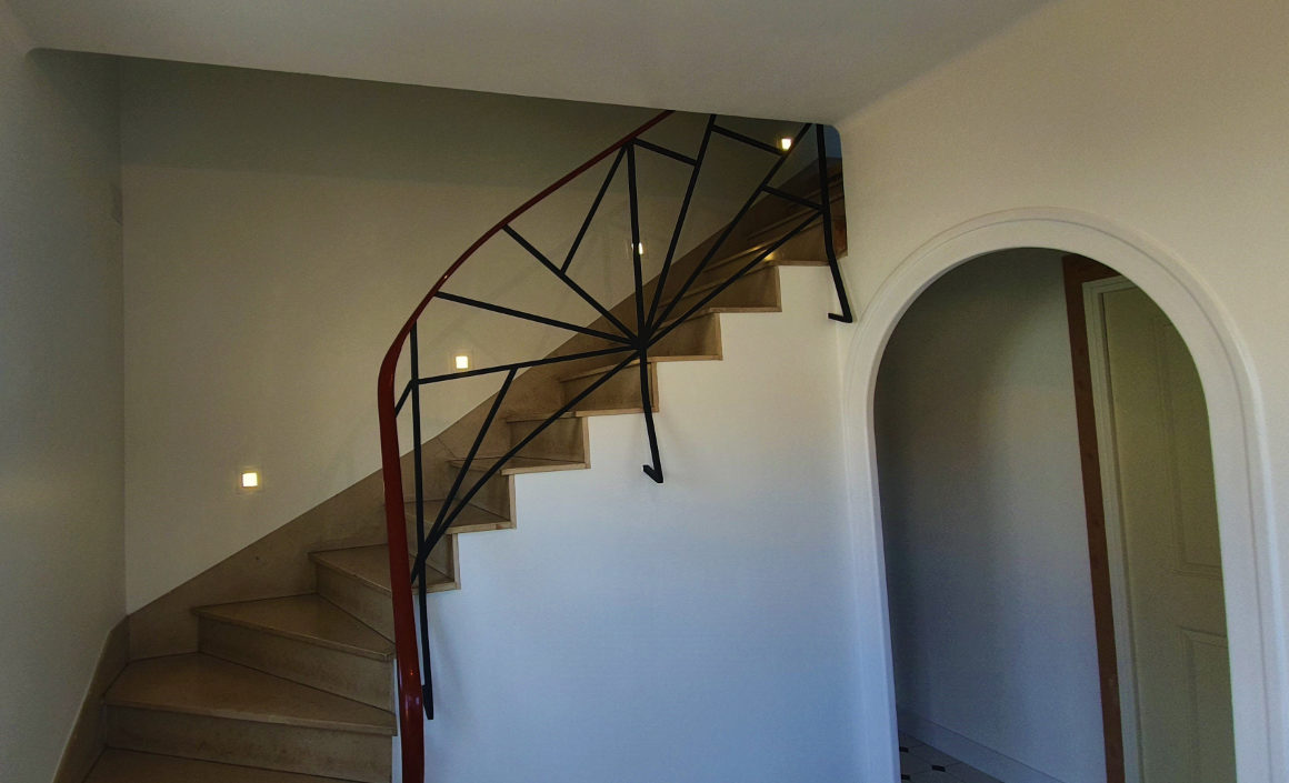 renovation-escaliers-lumiere-bas